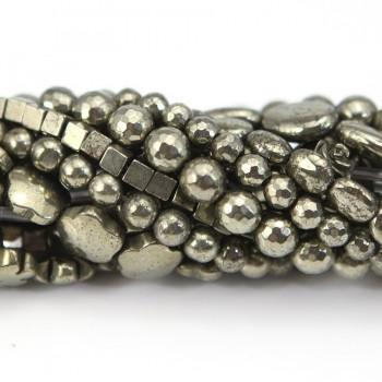 trou pyrite dans des ardoises