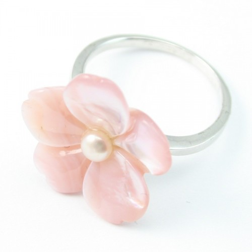 Sterling Silver Ring with Flower on Mother-of-pearl