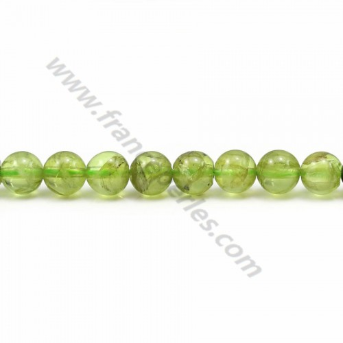 Peridot yellow green, in round shape, and in size of 5-5.5mm x 40cm